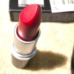 Mac Retro Matte Lipstick 'Ruby Woo.'